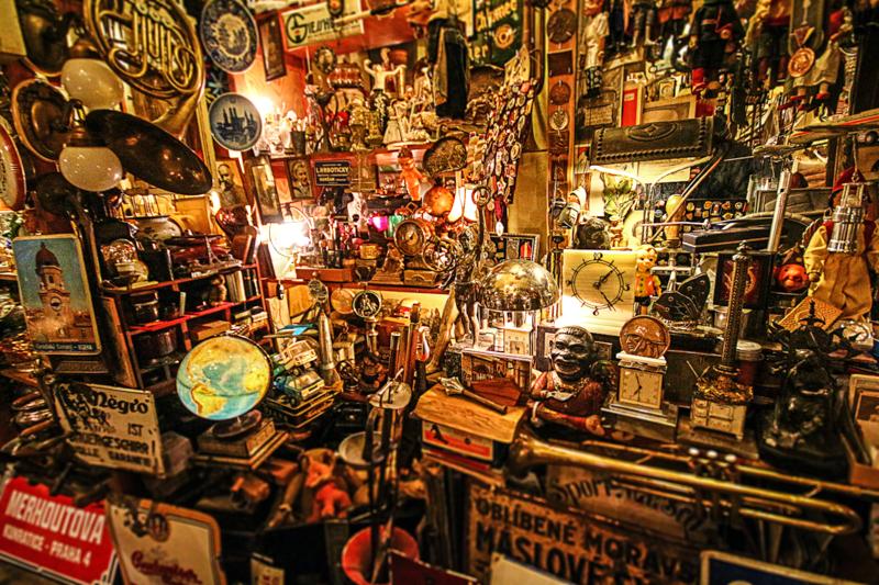 great-photo-spots-of-prague-shops