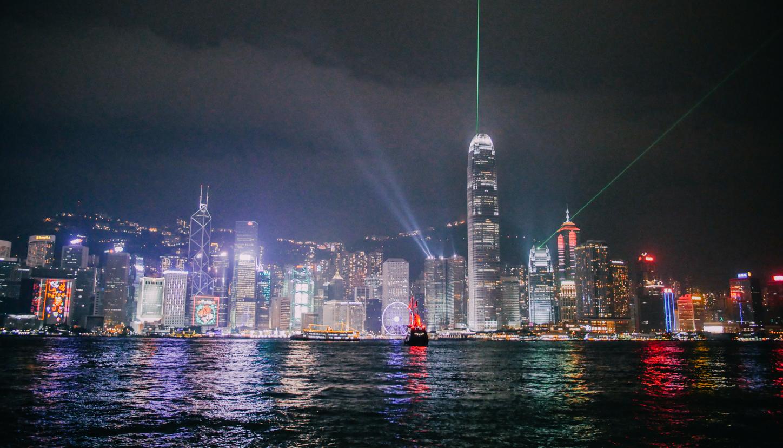 hong-kong-neon-lights-travel-blogger-show